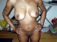 Homemade nude pics of horny black women