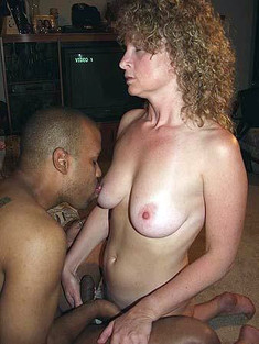 Hot chicks fucks with black guys so..