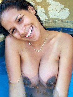 This hot ebony MILF shows her big..