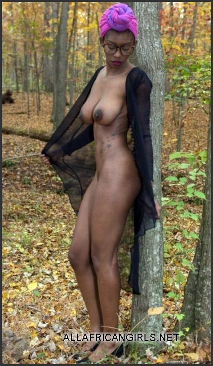 Ebony With Big Nipples